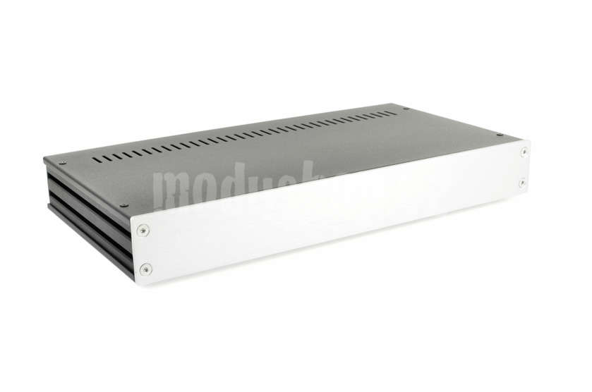 1GX347 - 1U Galaxy krabice, 170mm hluboká, 4mm-panel stříbrný, 330mm široká