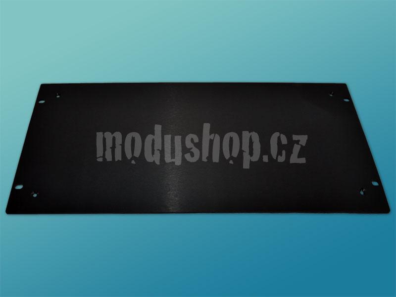 4mm, 5U čelní panel, černý, pro krabice plechové